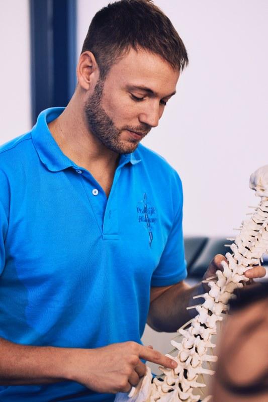 Scoliose behandeling Chiropractie Blaauw