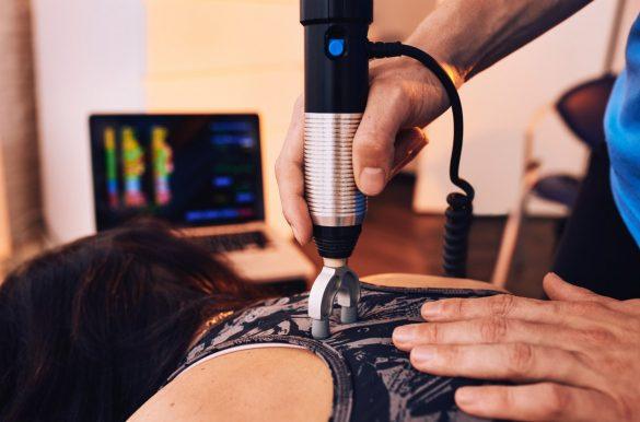 Pijn in bovenrug behandeling Chiropractie Blaauw